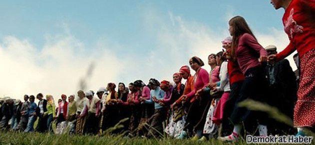 100 kadın: Karadeniz'in dereleri için direnen kadınları