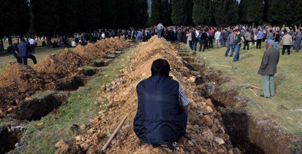 301 madencinin ölüm yıldönümünde Soma'ya çağrı