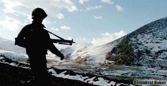 2011'de 75 askere 'pembe teskere'