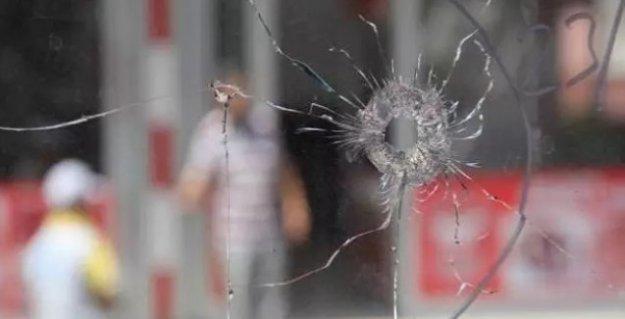 Adana'da Hamit Denli isimli Kürt esnaf uğradığı silahlı saldırıda ağır yaralandı