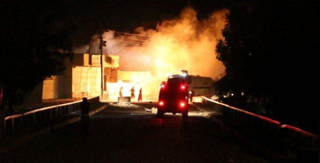 Diyarbakır'da askeri konvoya bombalı saldırı: İki ölü, dört yaralı