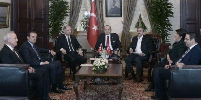 'Dolmabahçe zirvesinde HDP'lilerin her talebi anında Erdoğan'a iletildi ve onay aldı'