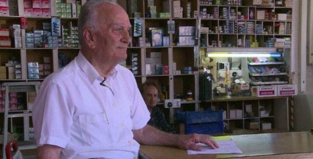 Emekli maaşını 'Yoldaş Aleksis Çipras'a gönderdi