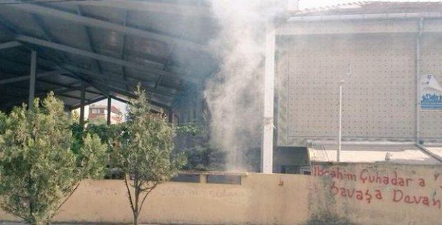 Gazi Mahallesi'nde polis Cemevine gaz bombalarıyla saldırdı!