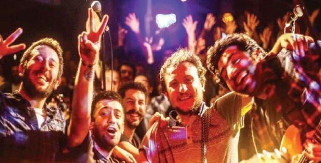 Hemşince albüm çıkaran Meluses: Yerel bir dille evrensel müziği yakalamaya çalışıyoruz