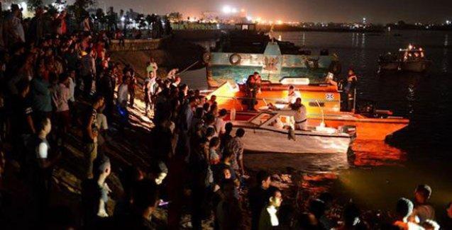 Nil Nehri'nde kaza: 15 ölü