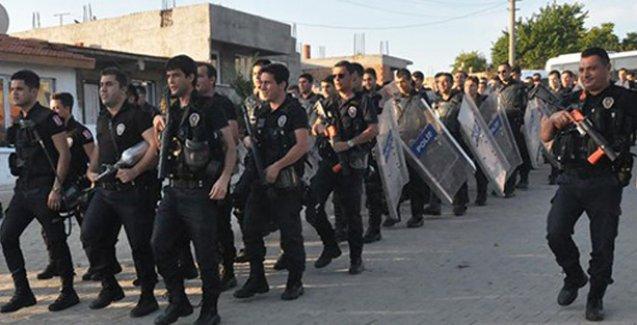 Roman mahallesinde 'Ne mutlu Türküm diyene' sloganı atan polislere soruşturma