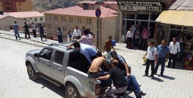 Şemdinli'de silahlı saldırı