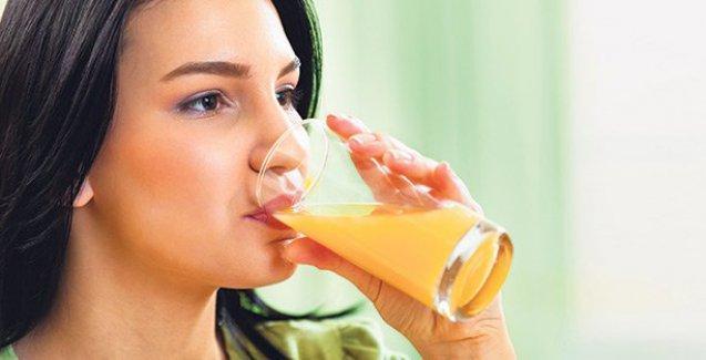 Sindirimi kolaylaştırmak için meyve suyu tüketin
