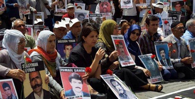 'Tek suçumuz Kürt olmaktı, bu zulüm daha ne kadar sürecek?'