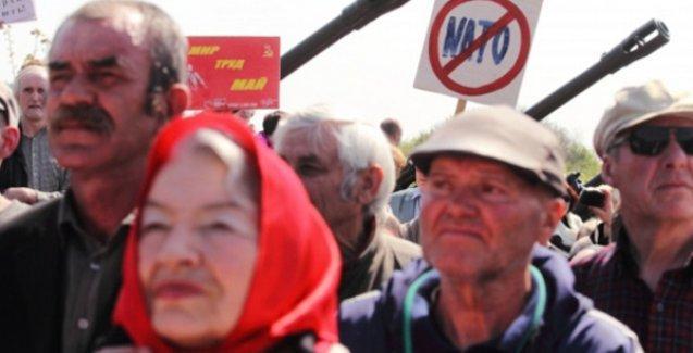 Ukrayna'da komünist partiler yasaklandı