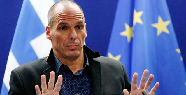 Varufakis istifa etti: Biz solcular, makamın ayrıcalıkları olmadan da birlikte hareket etmeyi biliriz