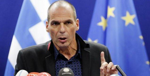 Varufakis'tan üçüncü kurtarma paketi için ilk yorum