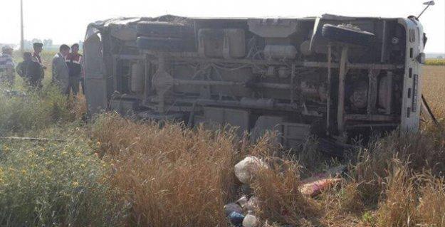 Yine tarım işçilerini taşıyan araç kaza yaptı: 3 ölü, 30 yaralı