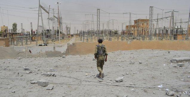 YPG, IŞİD'in karargah ve takviye yollarını denetimine alıyor