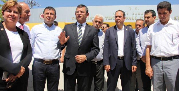 2 kişiye ağız okuma yöntemiyle 'Erdoğan'a hakaretten' tutuklama