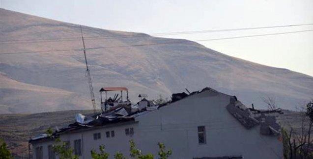 Ağrı'da karakola intihar saldırısı: 2 asker öldü 24 asker yaralandı