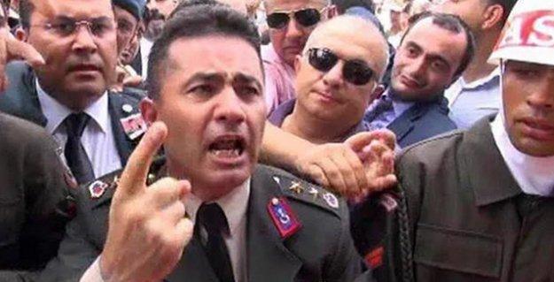 'Ak Troller' isyan eden Yarbay'ı 'hain' ilan edip saldırıya geçti: Ordudan atılsın, yargılansın..