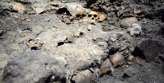 Azteklerin 'kurban' ettiği insanlara ait 'kafatası mezarlığı' bulundu