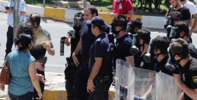 Barış Anneleri'ne polis saldırısı