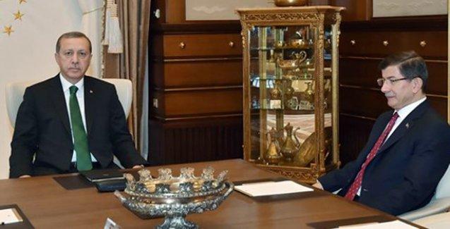 Başbakan Davutoğlu hükümeti kurma görevini iade etti