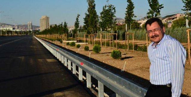Belediye Ak Saray'a giden Ankara Bulvarı'nı kapatacak