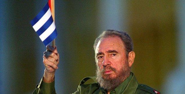 Fidel Castro'dan Obama'ya eleştiri: Hediyeye muhtaç değiliz