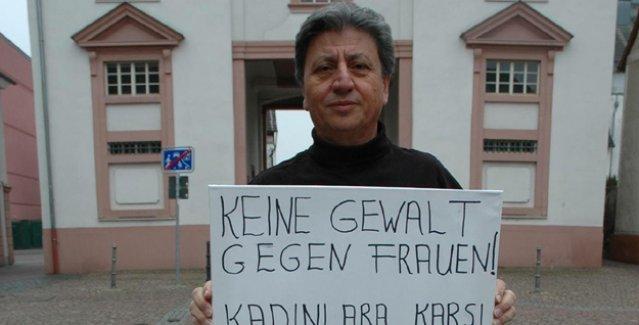 CDU milletvekili, 'seks kölesi olmayı reddeden 19 kadını katleden IŞİD'i' protesto etti