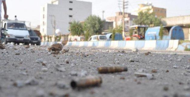 Silopi'de bir çocuk 'askerin açtığı ateşle' vuruldu
