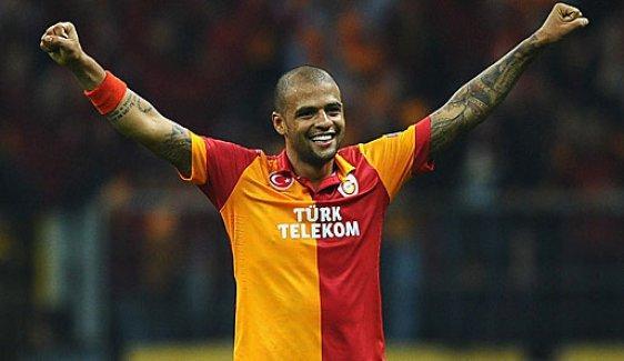 Felipe Melo, Galatasaray'la sözleşmesini 2 yıl uzattı