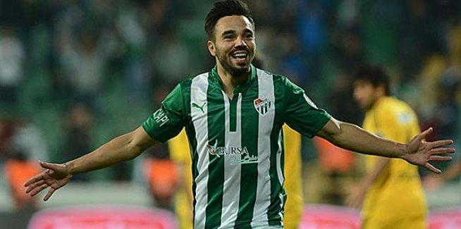 Fenerbahçe, Volkan Şen ile 3 yıllık sözleşme imzalandığını açıkladı
