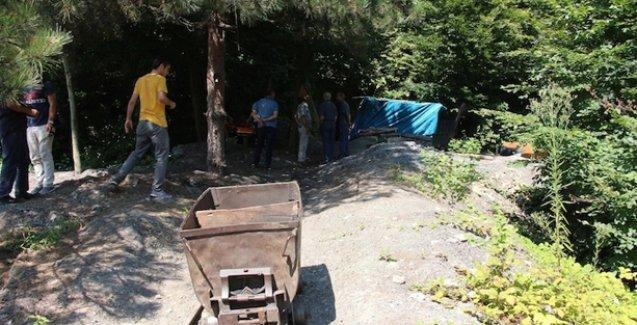 Kömür ocağında mahsur kalan iki işçi zehirlenerek hayatını kaybetti