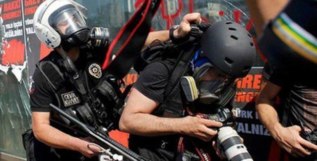 Mahkeme'den 'Polis gazetecilere engel değil, yardımcı olmalı' kararı