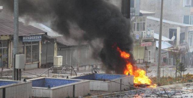 Şemdinli'de çatışma! İlçe merkezinin boşaltıldığı iddia ediliyor