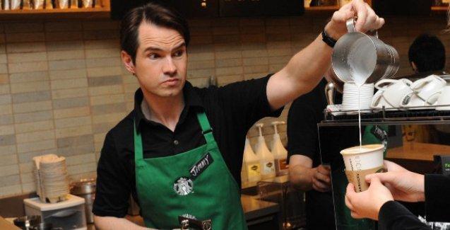 Starbucks'tan her gün bedava kahve içmenin yolunu buldu