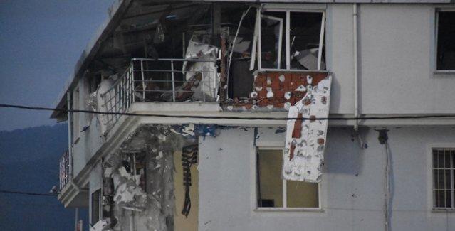 Sultanbeyli'de polis merkezine çifte saldırı