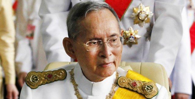 Tayland'da Kral'a Facebook'ta 'hakaret'e 30 yıl hapis