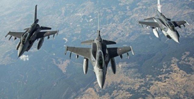 TSK'ya ait uçaklar, PKK alanlarına hava bombardımanı düzenledi