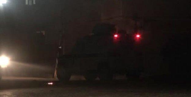 Yüksekova'da Tümen Komutanlığı ve Emniyet Müdürlüğü'ne eşzamanlı saldırı