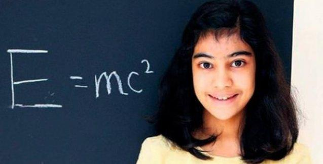 12 yaşındaki Lydia, Einstein ve Hawking'i geride bıraktı