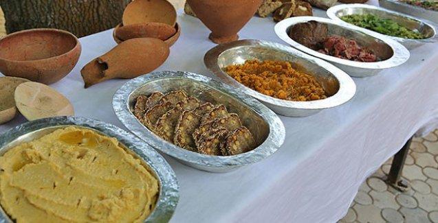 Alacahöyük'te 4000 yıllık Hitit yemekleri tekrar pişirildi