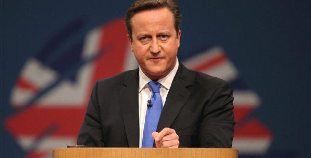 Corbyn geldi, Cameron 'İşçi Partisi ulusal güvenliğe tehdit' dedi