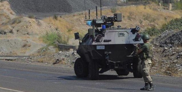 Bitlis'te askeri aracın geçişi sırasında patlama: 20 asker yaralandı