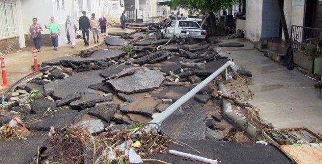 Bodrum'da selin bilançosu: 10 kişi yaralandı, 350 konutu su bastı
