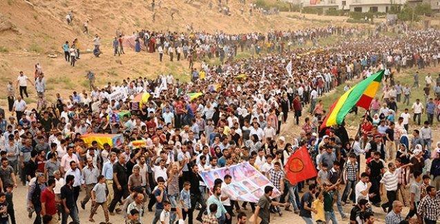 Cizre'de hayatını kaybedenler defnedildi