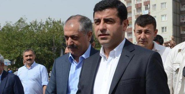 Demirtaş: AKP'ye tavsiyem; Bismillahlı değil, Tövbe Estağfurullahlı kampanya yapsınlar
