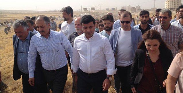 Demirtaş'tan Cizre'ya sahip çıkın çağrısı