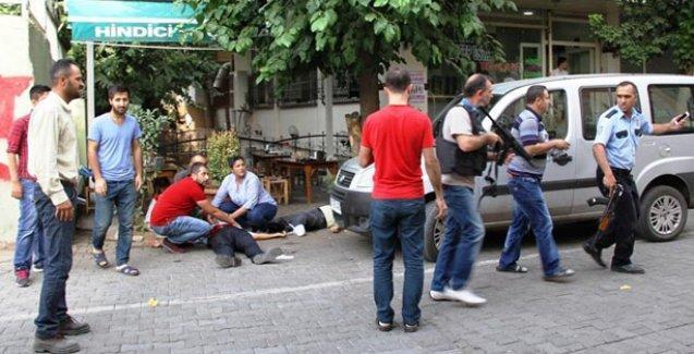 Diyarbakır'da polise saldırı: 1 kişi öldü