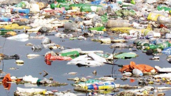 Büyük Menderes'te biriken çöpler toplanmayıp Bafa Gölü ve Ege Denizi'ne döküldü