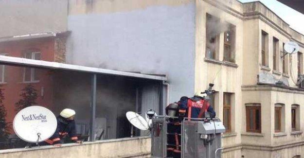 HDP'den Beşiktaş ilçe binasındaki yangınla ilgili suç duyurusu